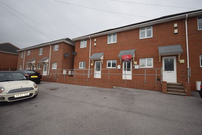 2 bed flat to rent in Seventh Avenue, Llay LL12