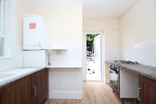 Thumbnail Flat to rent in London Road, Croydon