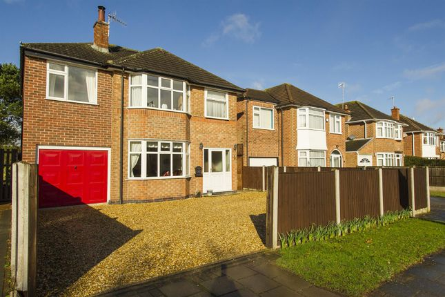Thumbnail Detached house for sale in Greythorn Drive, West Bridgford, Nottingham