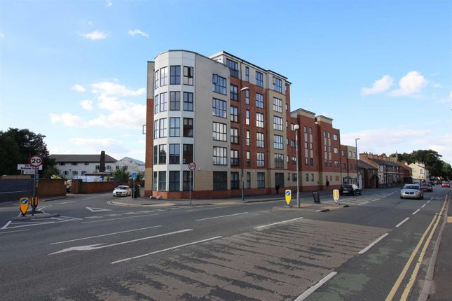 2 bed flat for sale in City Walk, Chester Green, Derby DE1