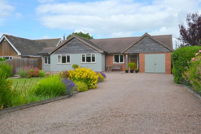Thumbnail Detached bungalow for sale in Gilberts End, Hanley Castle, Worcester