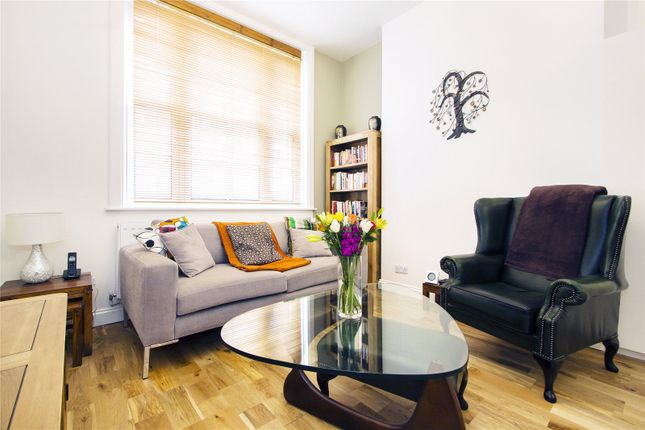 2 bed flat for sale in Stewart House, Leroy Street, London