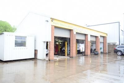 Thumbnail Light industrial to let in Station Garage, Railway Sidings, Commercial Brow, Hyde