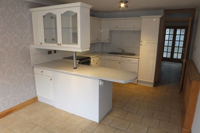 Thumbnail Terraced house to rent in Bridgewick Close, Lewes