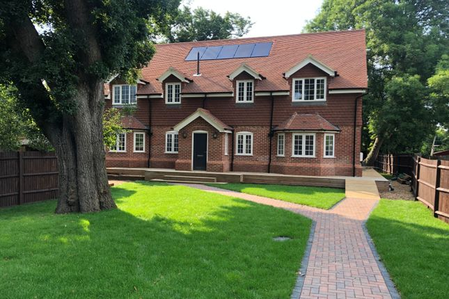 5 bed detached house for sale in Vicarage Close, North Cheam, Worcester Park KT4