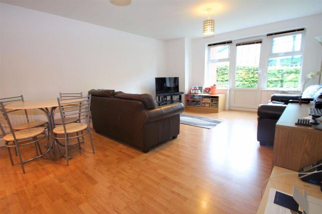 Thumbnail Flat to rent in Old Hall Gardens, Monkspath, Solihull