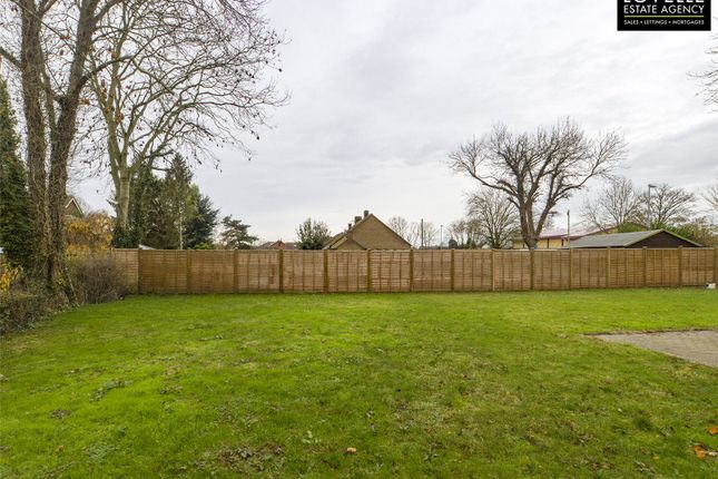 Picture No. 23 of Hawthorn Road, Reepham, Lincoln LN3