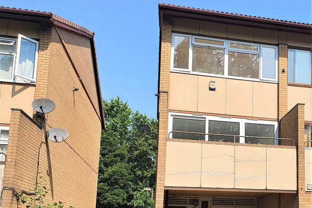 Thumbnail Property to rent in Penryn Avenue, Fishermead, Milton Keynes