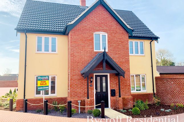 Thumbnail Link-detached house for sale in Orchard Gardens, Hemsby, Great Yarmouth