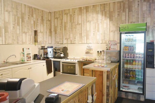 Photo 2 of Lisa's Little Tearoom, 11 Barmoor Terrace, Ryton NE40