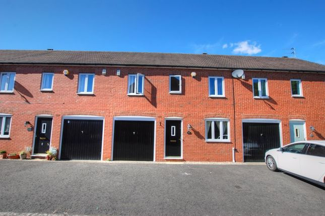 3 bed property to rent in Warkworth Woods, Gosforth, Newcastle Upon Tyne NE3