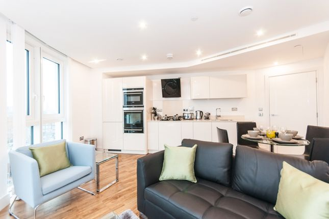 1 bed flat to rent in Altitude Point, Alie Street, Aldgate E1