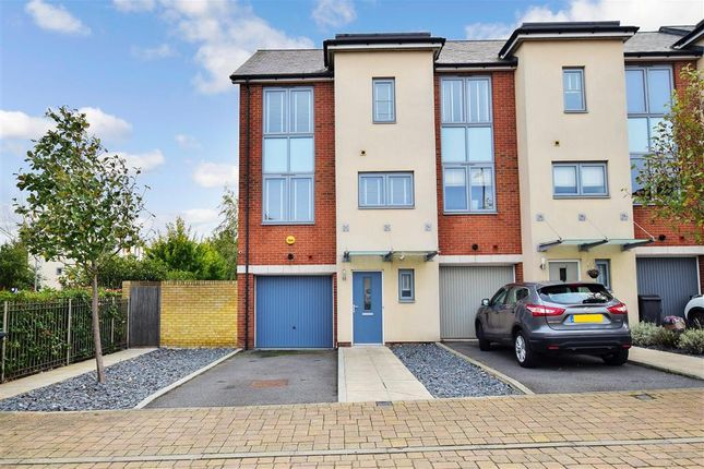 Thumbnail Town house for sale in Wellesley Corner, Gravesend, Kent