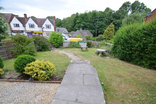 Thumbnail Flat for sale in Bath Road, Stroud