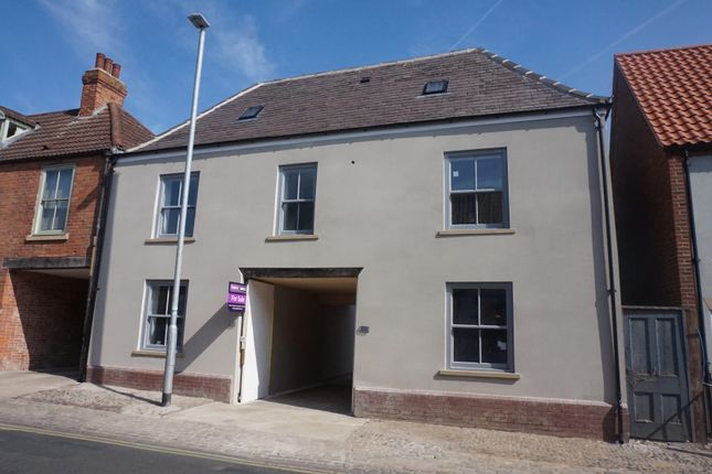 Thumbnail Terraced house for sale in Beckside, Beverley