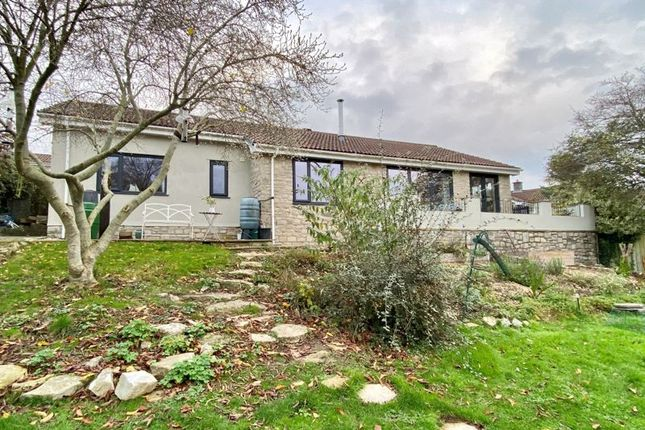 Thumbnail Bungalow for sale in Ethelstons Close, Uplyme, Lyme Regis