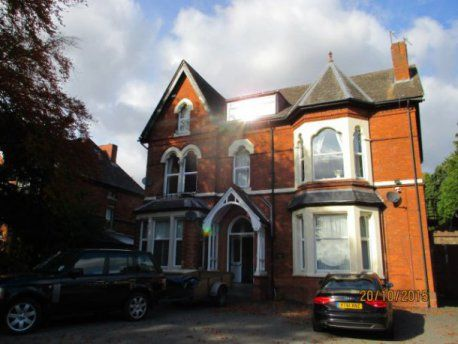 Thumbnail Flat to rent in Middleton Hall Road, Kings Norton, Birmingham