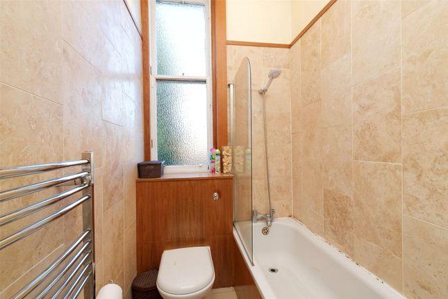 Picture No. 20 of Herriet Street, Glasgow, Lanarkshire G41