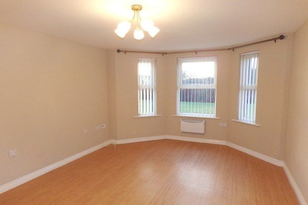 2 bed flat to rent in Lowther Drive, Darlington DL1