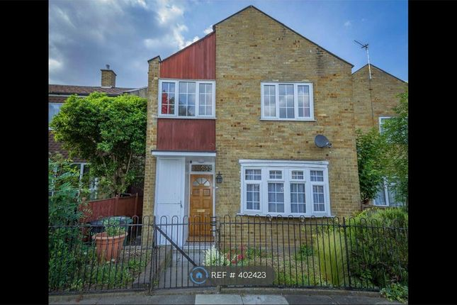 Thumbnail Room to rent in Foxborough Gardens, London