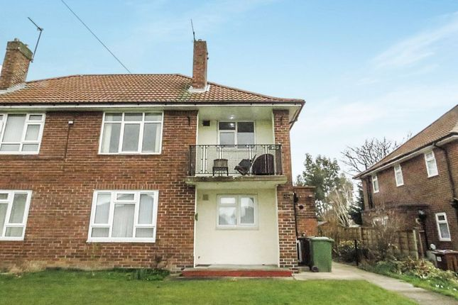 Thumbnail Flat to rent in Fieldhouse Drive, Moortown, Leeds