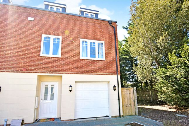 5 bed end terrace house for sale in The Dolmans, Shaw, Newbury, Berkshire RG14