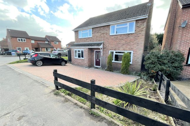 4 bed detached house for sale in Main Street, Overseal, Swadlincote DE12