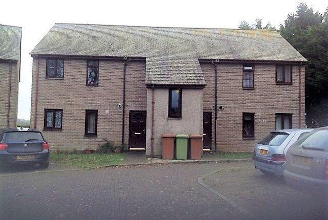 Thumbnail Flat to rent in Pavlova Close, Liskeard