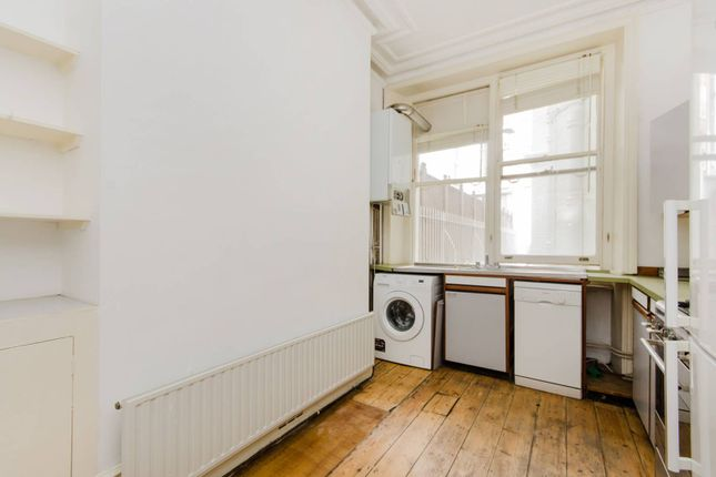 2 bed flat to rent in Bramham Gardens, Earls Court