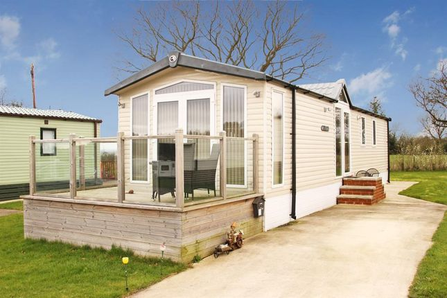 2 bed mobile/park home for sale in Bilton Lane, Harrogate
