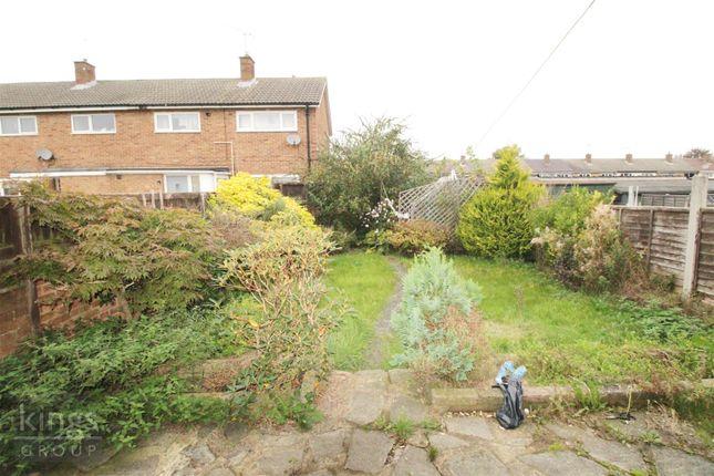 3 bed property to rent in Waterhouse Moor, Harlow CM18