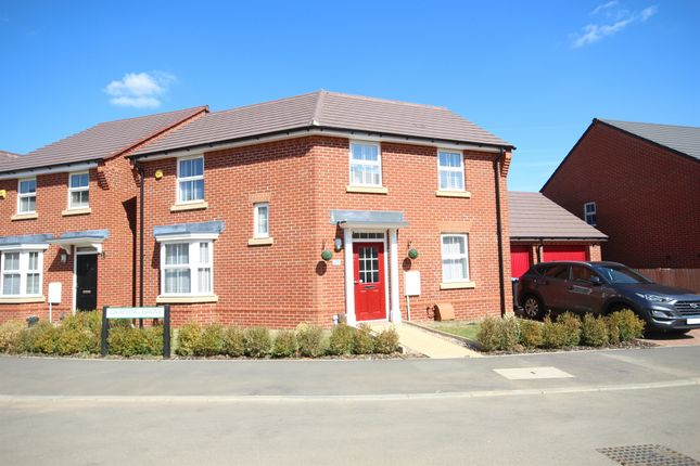Thumbnail Link-detached house for sale in Burgundy Drive, Hemel Hempstead