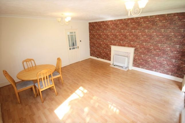 Thumbnail Flat to rent in Newhall Gate, Belle Isle, Leeds