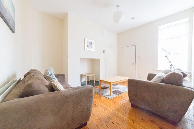 Thumbnail Maisonette to rent in Simonside Terrace, Heaton, Newcastle Upon Tyne