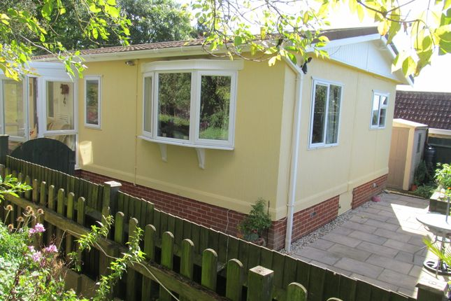 Thumbnail Mobile Park Home For Sale In Yewtree Maidstone Road Ref 5714