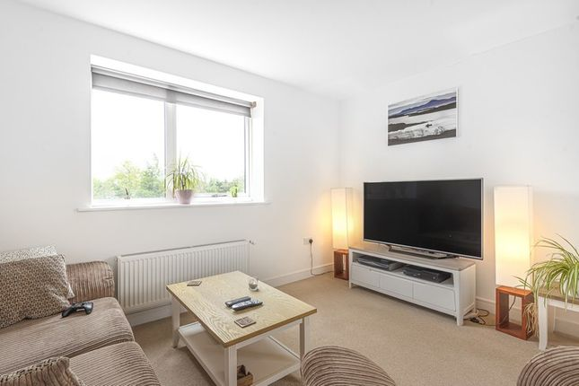 1 bed flat for sale in Hillier Court, Whetstone, London N20