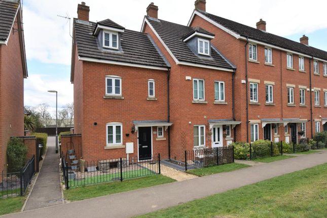 3 bed terraced house for sale in Mallard Court, Oakham LE15