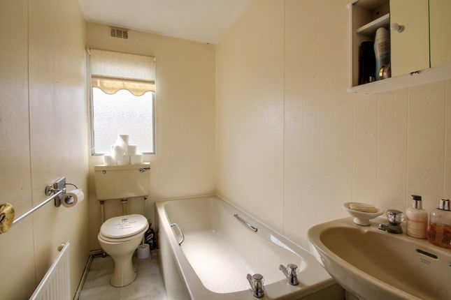Bathroom of Meadow View Park, St. Osyth Road, Little Clacton, Clacton-On-Sea CO16