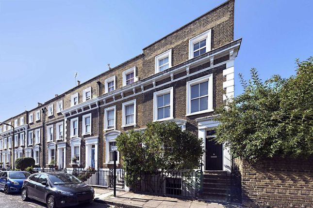 Thumbnail Terraced house for sale in Fremont Street, London