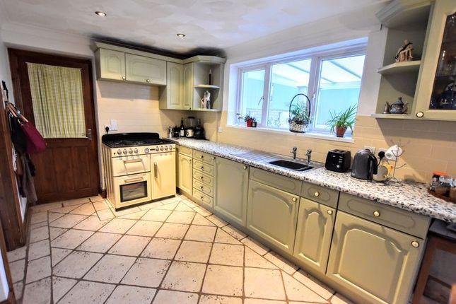 Kitchen of Whaddon Way, Bletchley, Milton Keynes MK3