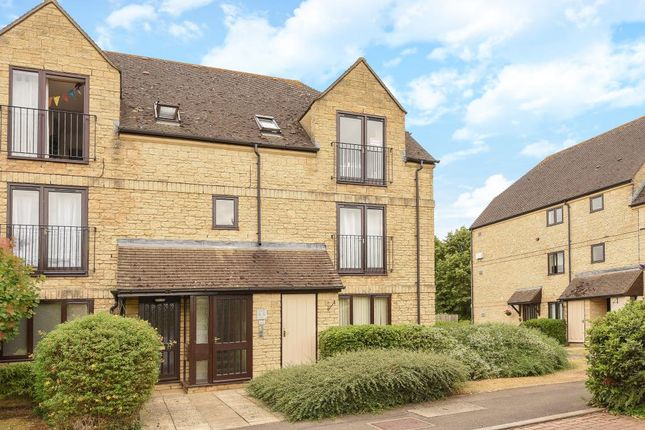 Thumbnail Flat to rent in Beechgate, Witney