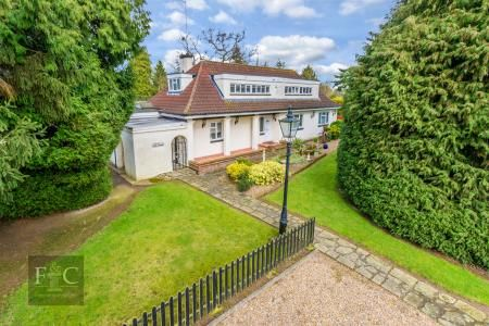 Thumbnail Property for sale in St. Leonards Road, Nazeing, Waltham Abbey