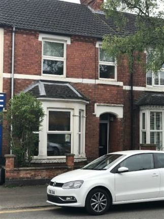 Thumbnail Property to rent in Hawthorn Road, Kettering