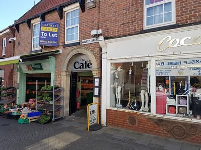 Thumbnail Leisure/hospitality to let in Unit 9 Walrus Arcade, Prestongate, Hessle, East Riding Of Yorkshire