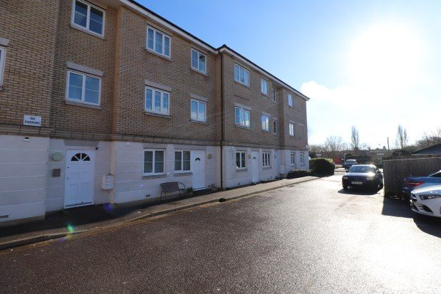 Thumbnail Flat to rent in Station Approach, Braintree
