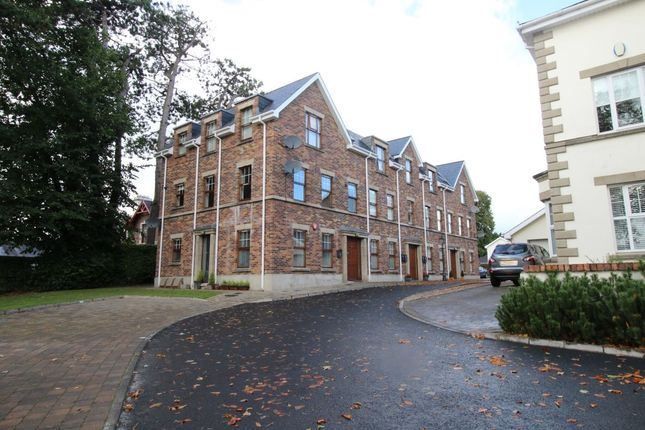 Thumbnail Flat to rent in Cathedral View, Lisburn