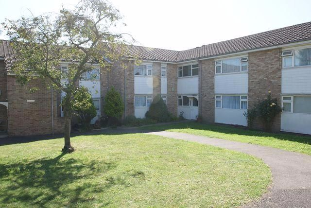 1 bed flat for sale in Mascotts Close, Cricklewood