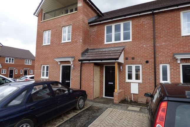 Thumbnail Town house to rent in Riverside View, Navigation Point