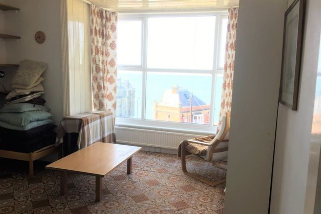 Thumbnail Flat to rent in Cliff Terrace, Aberystwyth