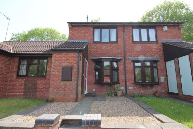 Thumbnail Terraced house for sale in Avonbank Close, Redditch